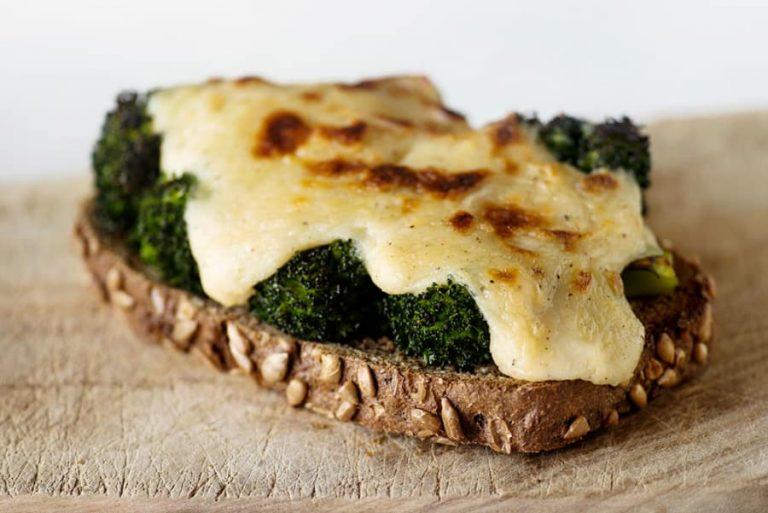 Brócoli con bechamel de avena lekue