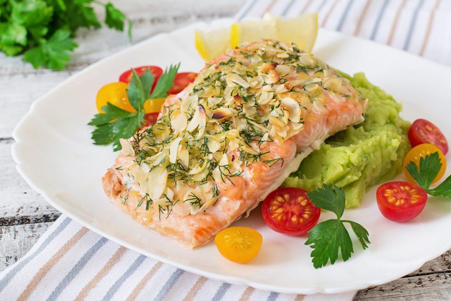salmon con patatas lekue